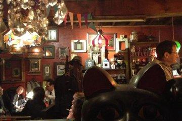 Fukuneko Dou (Lucky Cat Bar) Osaka