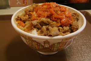 Beef bowl topped with kimchi