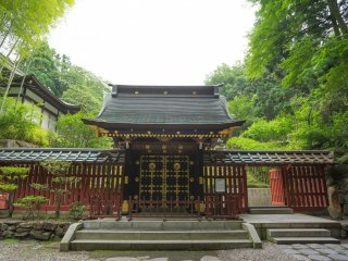 The NehanmonGate, entrance to Zuihoden