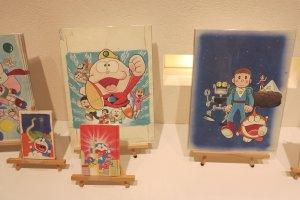 哆啦A梦明信片和海报,海报有点贵
