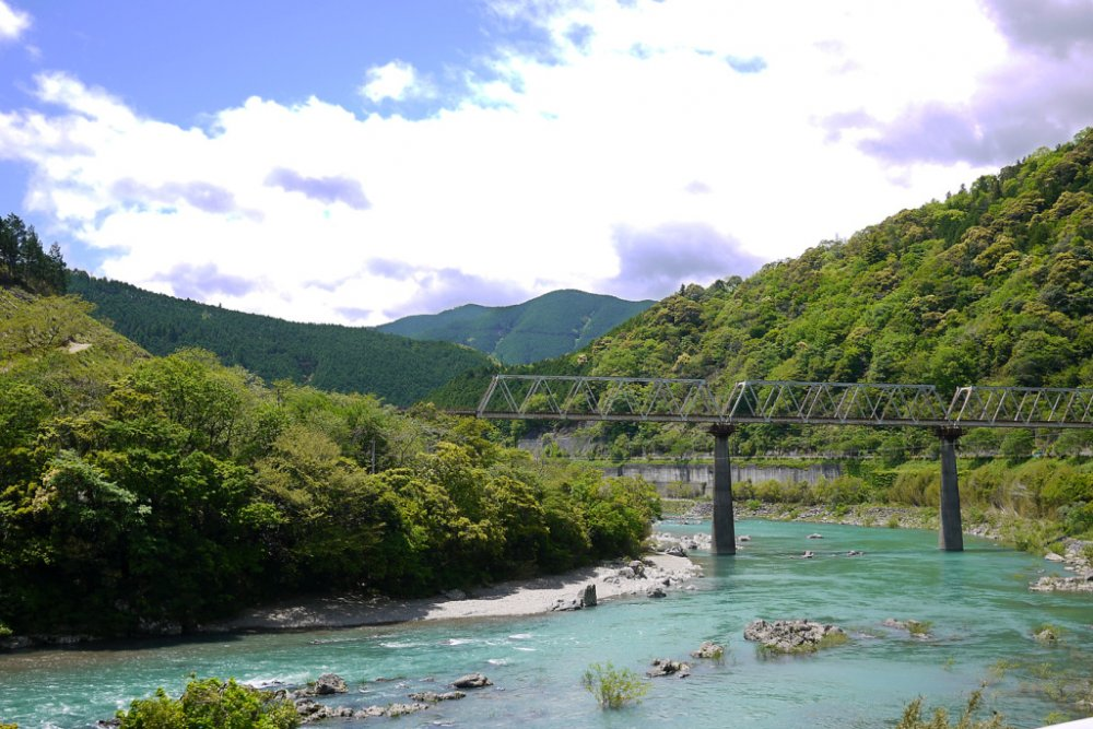 The Shimanto River is one of the last clear rivers of Japan. It has no dams and does not flow near any major cities.