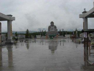 It's the same height as the Great Buddha of Kamakura.