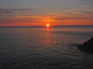 Đảo Sado chiếu sáng bởi mặt trời