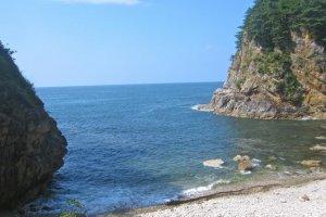 The smooth rock beach