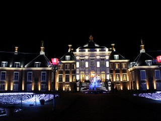I wonder if the castle Cinderella went to for the ball looked just like this?