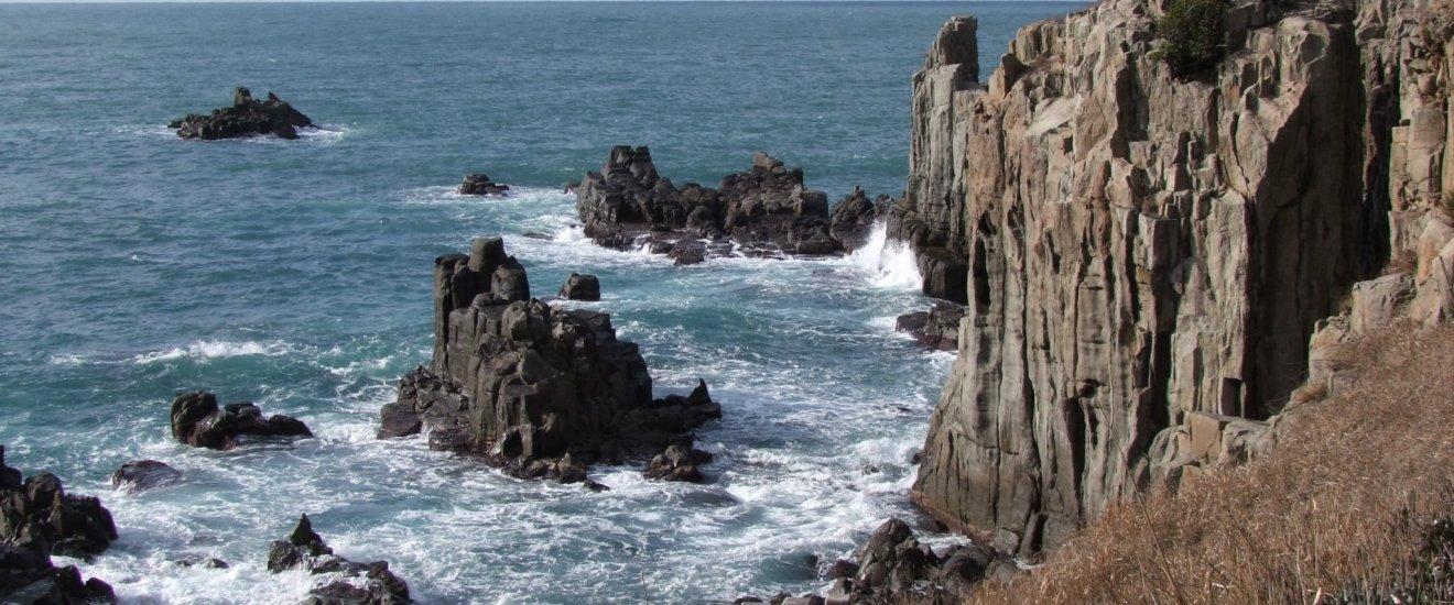 Fukui\'s famous Tojimbo Cliffs