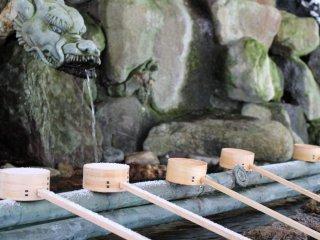 At the shrine's chōzuya