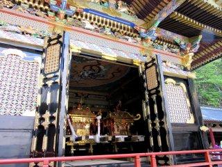 Portable shrines for festivals