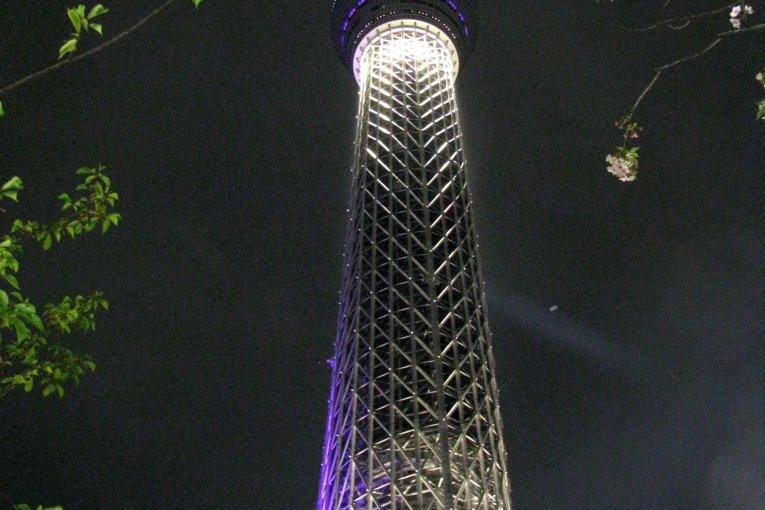 Токио Skytree и Асакуса в ночное время