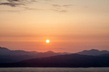 Coucher de Soleil Sur Hakodate