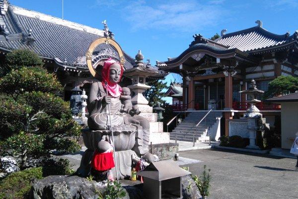Idoji Temple Seven