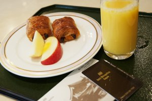 Breakfast in Iris Cafè