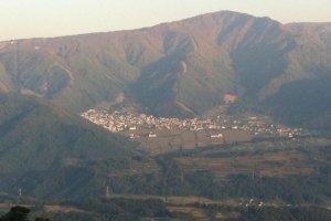 Across the Chikuma valley to Nozawa Onsen