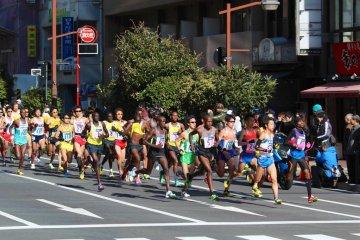 Watching the Tokyo Marathon
