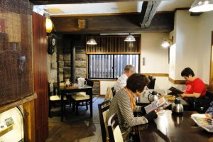 Warokuya's cozy interior