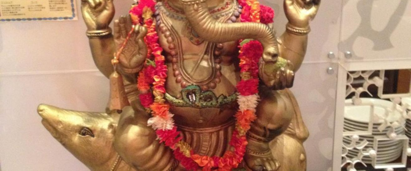 Ganesh idol welcomes restaurant goers at the entrance