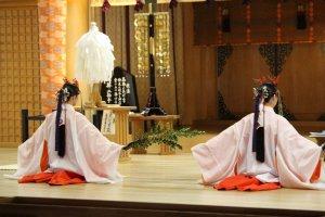 Witnessing rare religious spiritual rites inside Kumano-taisha
