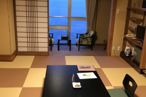 Large Japanese-style rooms