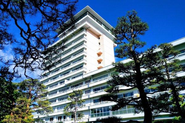 Hotel Sansuien, view from the garden