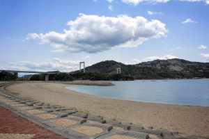 The beach at Hakata SC Park