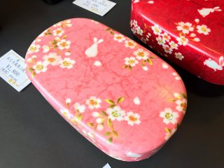 Bento boxes evoking those springtime feelings