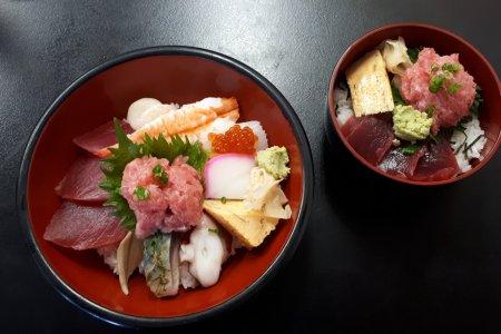 Adachi Market's Kadonomeshi-ya