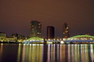 One more night-time view of the Kachidoki Bridge