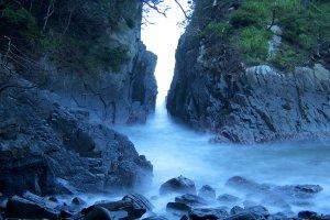 Formação rochosa kamiwari, tirada com exposição prolongada