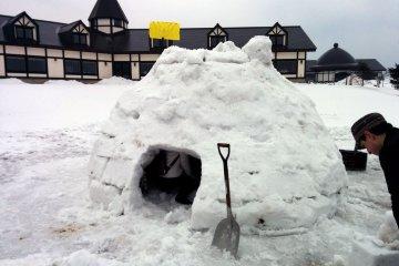 ประสบการณ์สร้างบ้านน้ำแข็ง