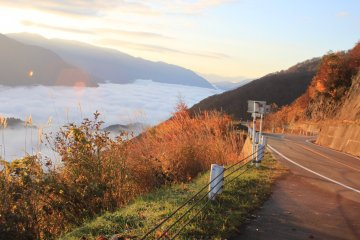 Cycling and Sightseeing Tour: Japan Alps to Gujo