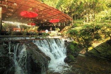 Kyoto's Backyard: Cool Summer Trip to Kibune