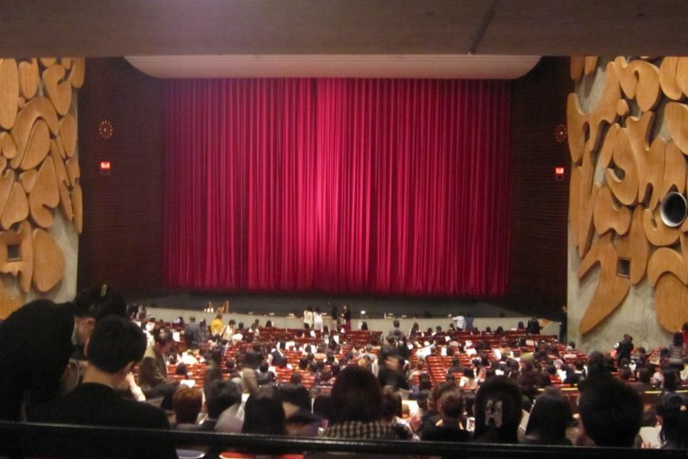 バレエの殿堂、東京文化会館