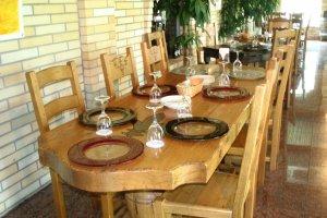 Le Mani Restaurant