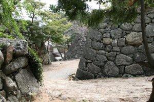Labyrinth like walls of Matsusaka Castle ruins.
