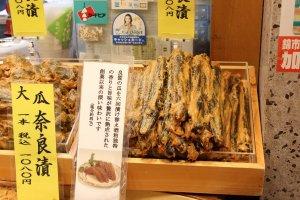 奈良漬けは固瓜のほか胡瓜、西瓜(皮)も美味しい