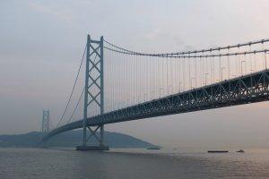 สะพานในอีกมุมหนึ่ง