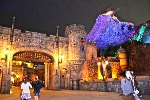 DisneySea offers such a unique landscape. It's home to Mount Prometheus, the landmark for the thrill ride 'Journey to the Center of the Earth', and 'Fortress Exploration' where you can discover & uncover the King or Queen in you.