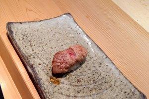 My favorite dish: aburisushi (flambéfatty tuna)
