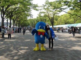 ตุ๊กตา Earth Day Market