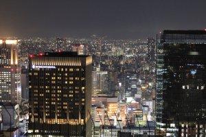 โอซาก้าจากตึกที่สูงสุดในบริเวณนั้น