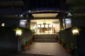 住宿推荐:Comfort Tama Plaza