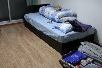 <p>干净的房间</p>