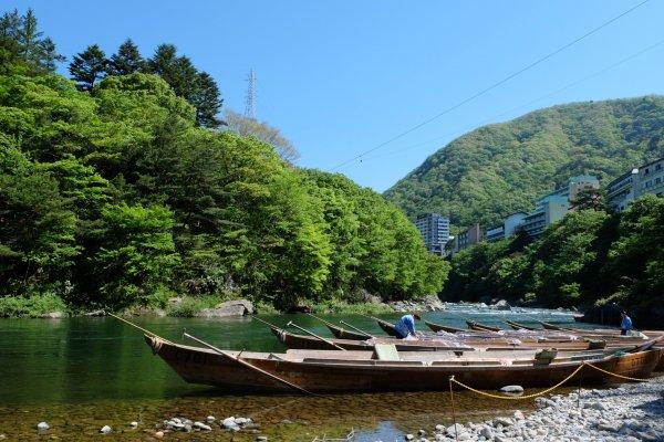 ล่องแม่น้ำชมธรรมชาติกันเถอะ!