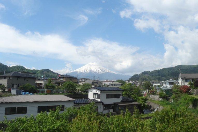 ชมวิวงามๆ หลายมุมของภูเขาฟูจิ