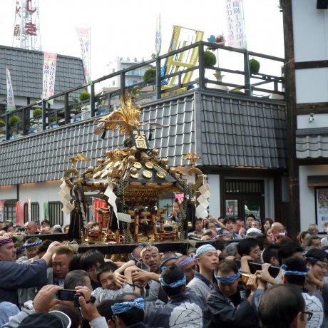 Lễ hội Sanja trứ danh tại Nhật Bản