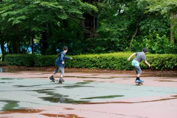 <p>The skate court; only here you are allowed to use your skateboard.</p>