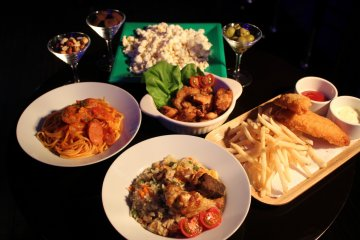 <p>A selection of Sticker&#39;s bar foods. Take a look at the food menu available at the bar.</p>