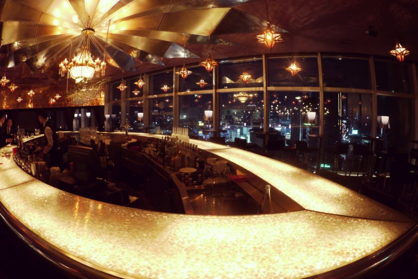 The luxurious bar and the panoramic windows