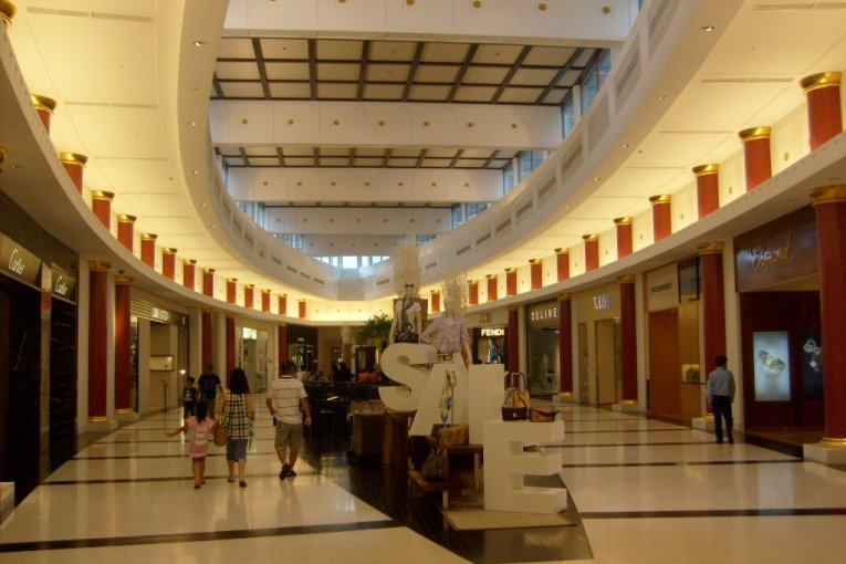 Shopping at T Galleria, Naha
