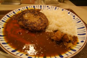 Hamburger curry (with extra hot sauce, of course)